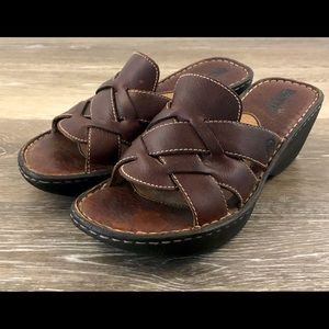 Born Women's Brown Leather Wedge Slip On Sandals 8
